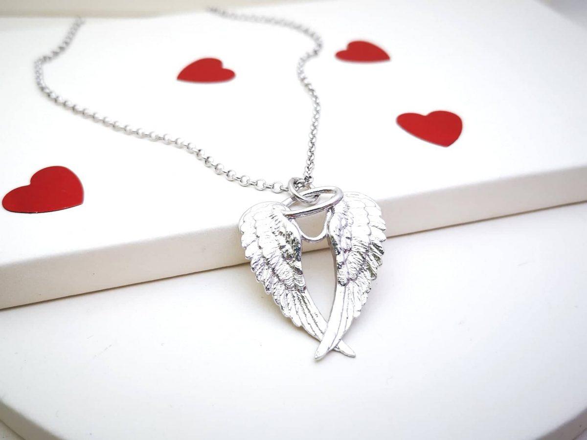 Anđeoska krila srebrna ogrlica