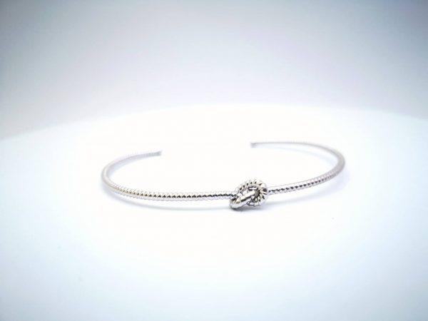 Ljubavni čvor srebrna narukvica