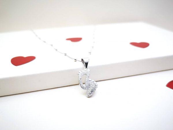 Dječja stopala srebrna ogrlica