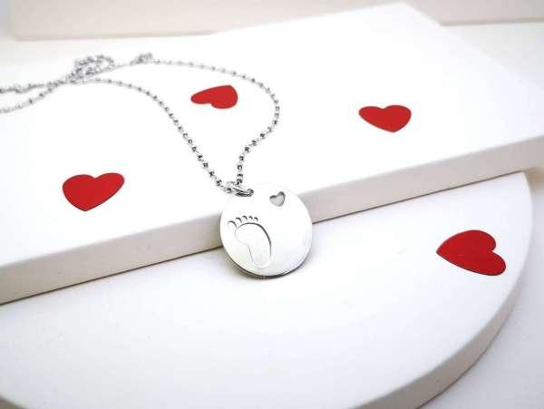 Medaljon dječje stopalo srebrna ogrlica