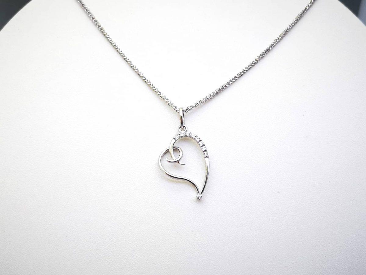 Stylish heart srebrna ogrlica