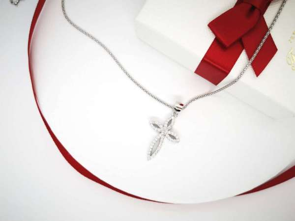 Stylish cross srebrna ogrlica