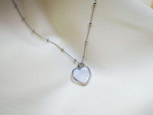 White heart srebrna ogrlica