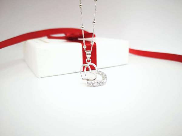 Dva srca srebrna ogrlica