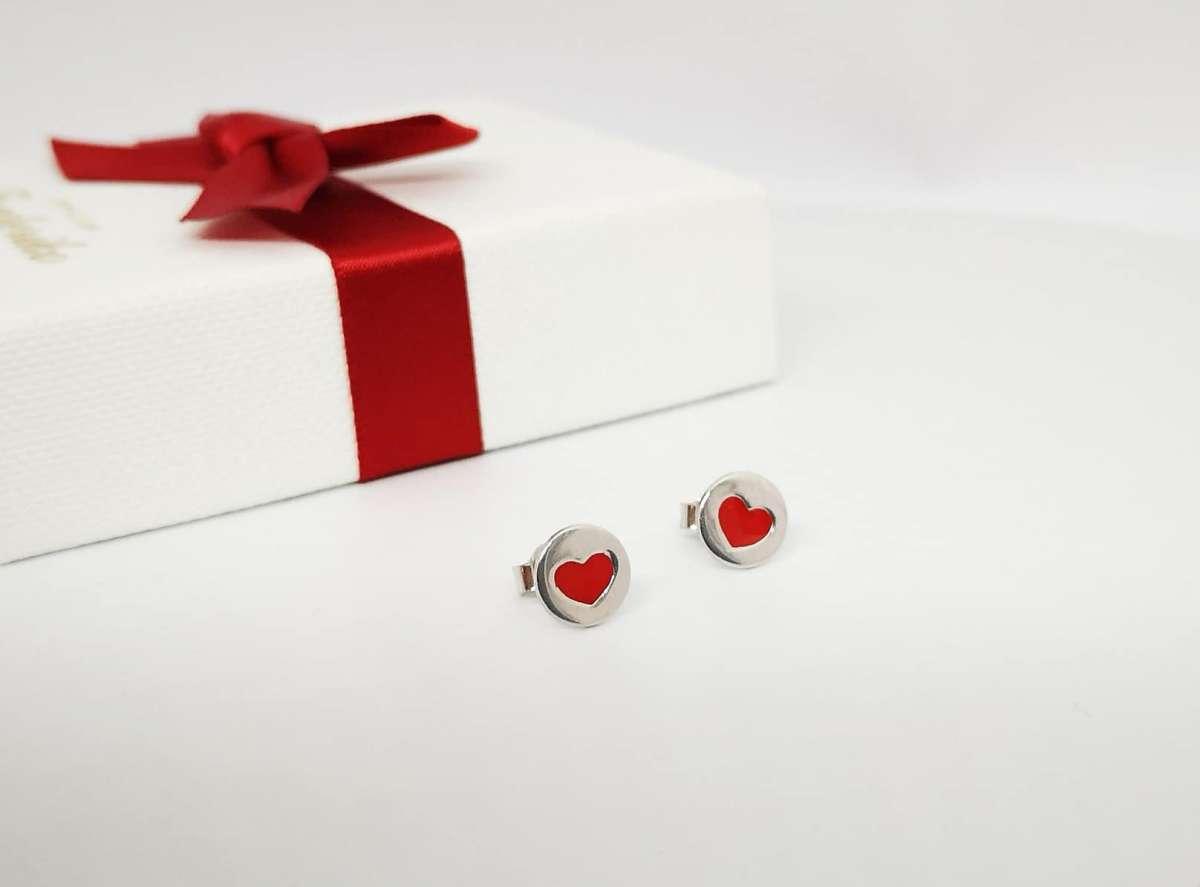 Naušnice srebrna crvena srca