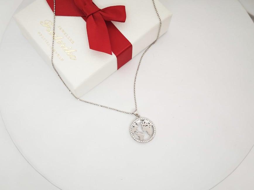 Cijeli svijet srebrna ogrlica