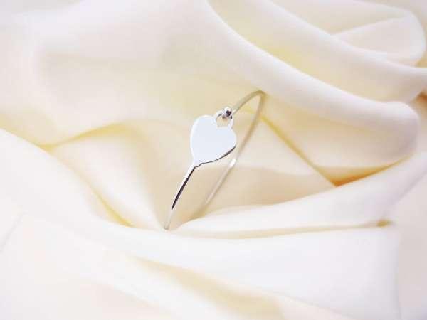 Krug srca srebrna narukvica