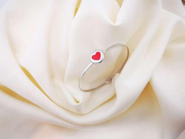 Srebrna narukvica Red heart