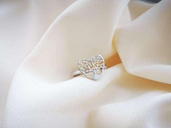 Stablo ljubavi srebrni prsten srce