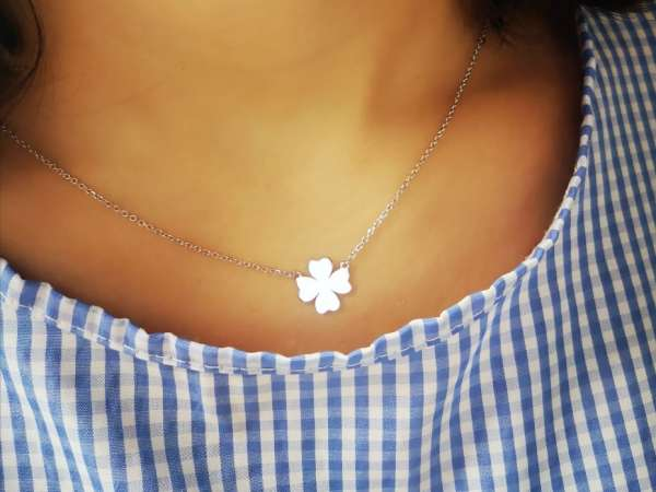 Djetelina ljubavi srebrna ogrlica