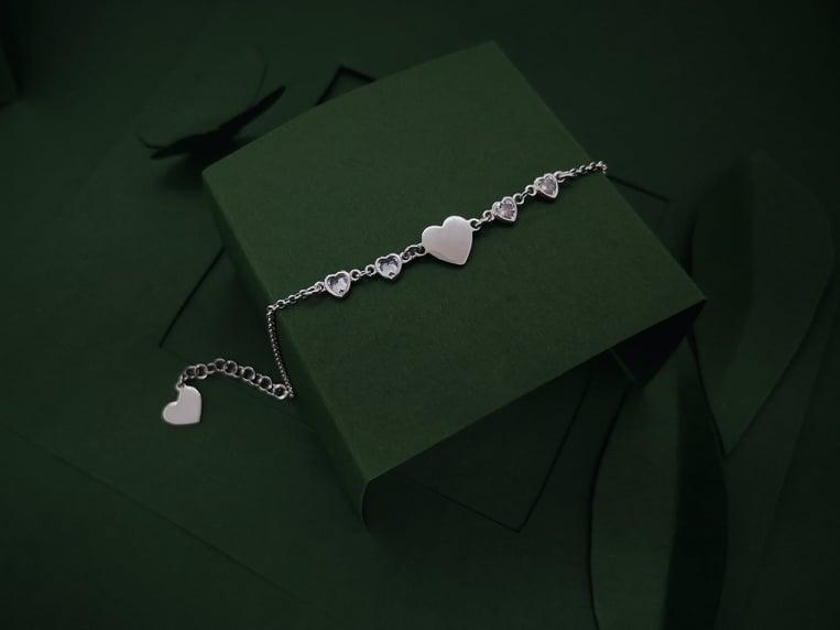 Follow heart srebrna narukvica