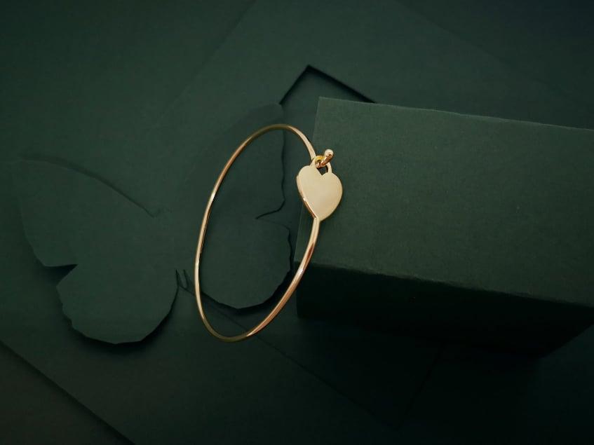Krug srca pozlaćena srebrna narukvica