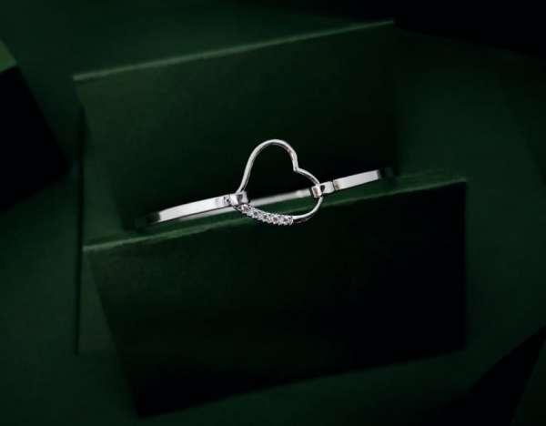 Otvoreno srce srebrna narukvica