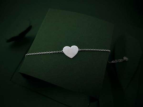 Srce ljubavi srebrna narukvica