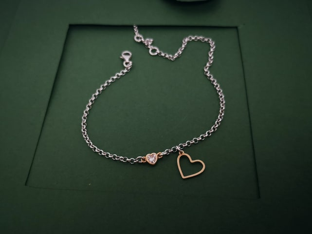 Srebrna nanognica Hearts love