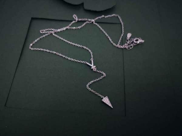 Y srebrna ogrlica
