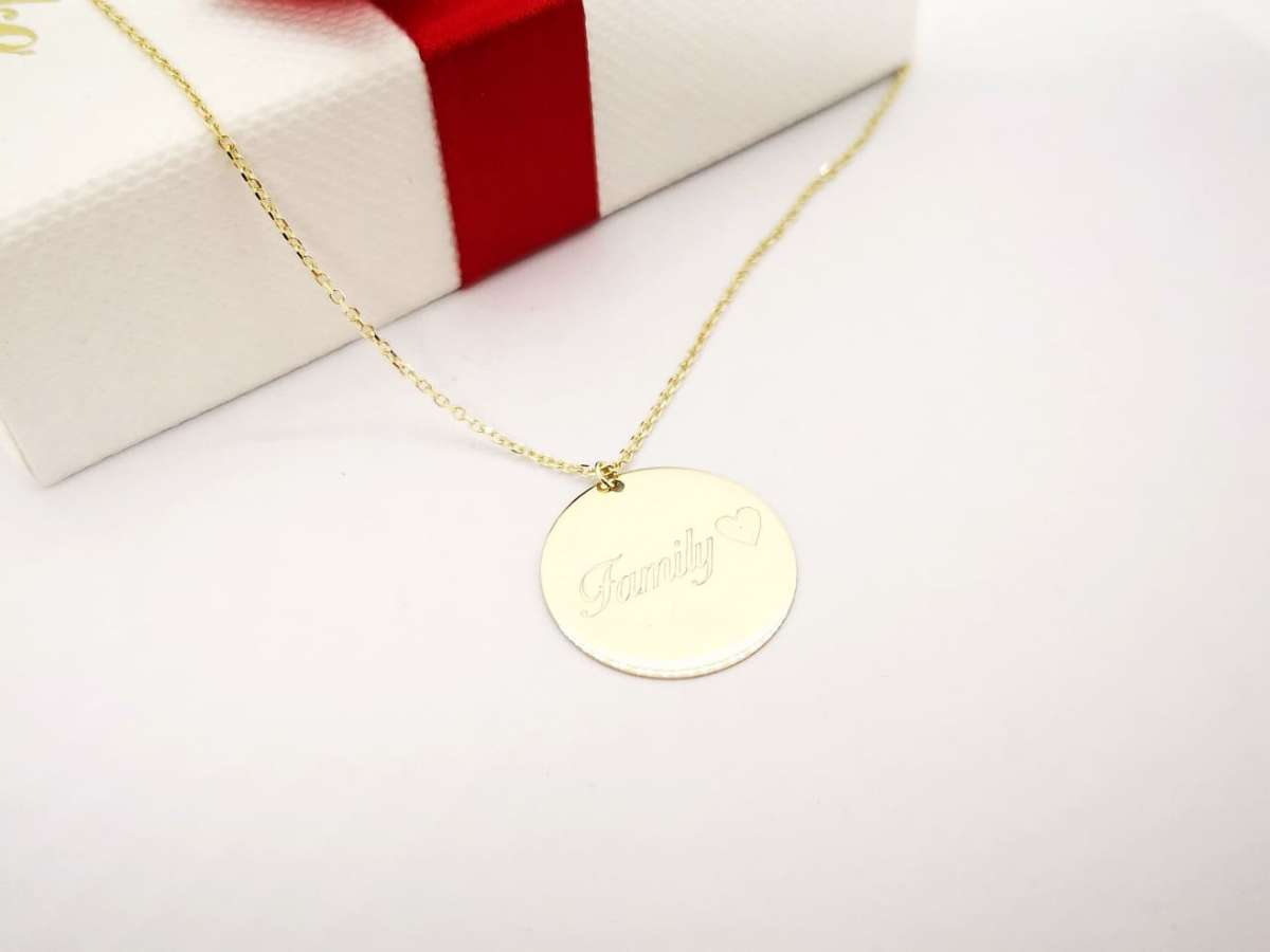 Zlatna ogrlica medaljon