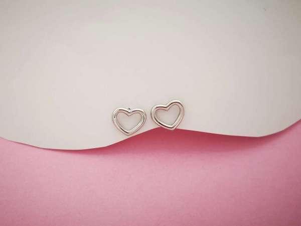 Obris srca srebrne naušnice