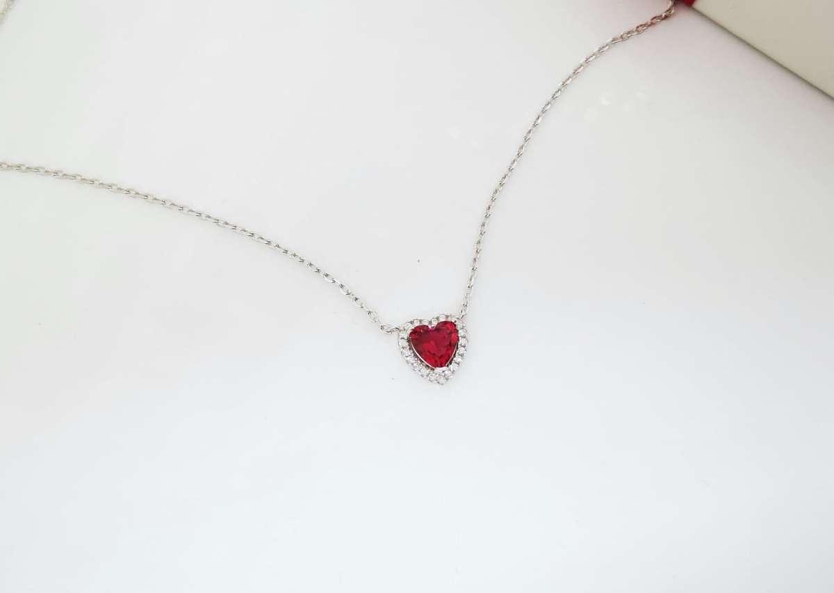 Red heart srebrna ogrlica