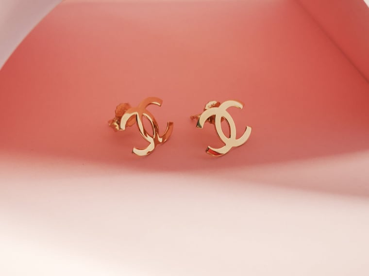 Zlatne naušnice stylish