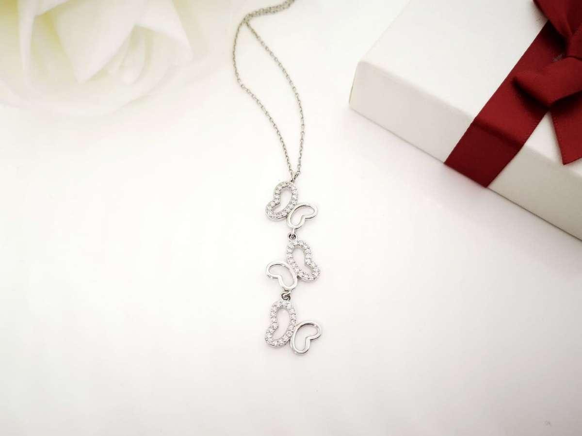 Tri leptira srebrna ogrlica