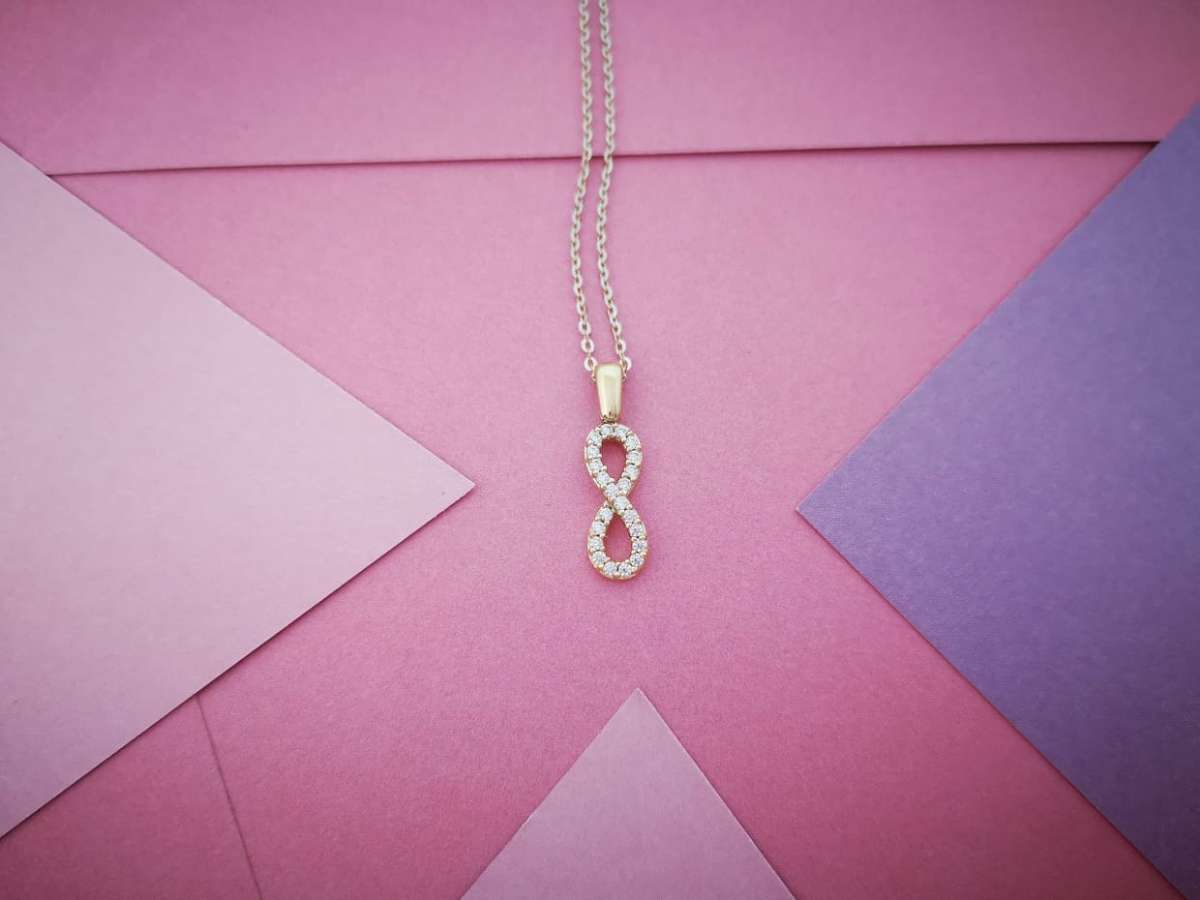 Infinity zlatna ogrlica