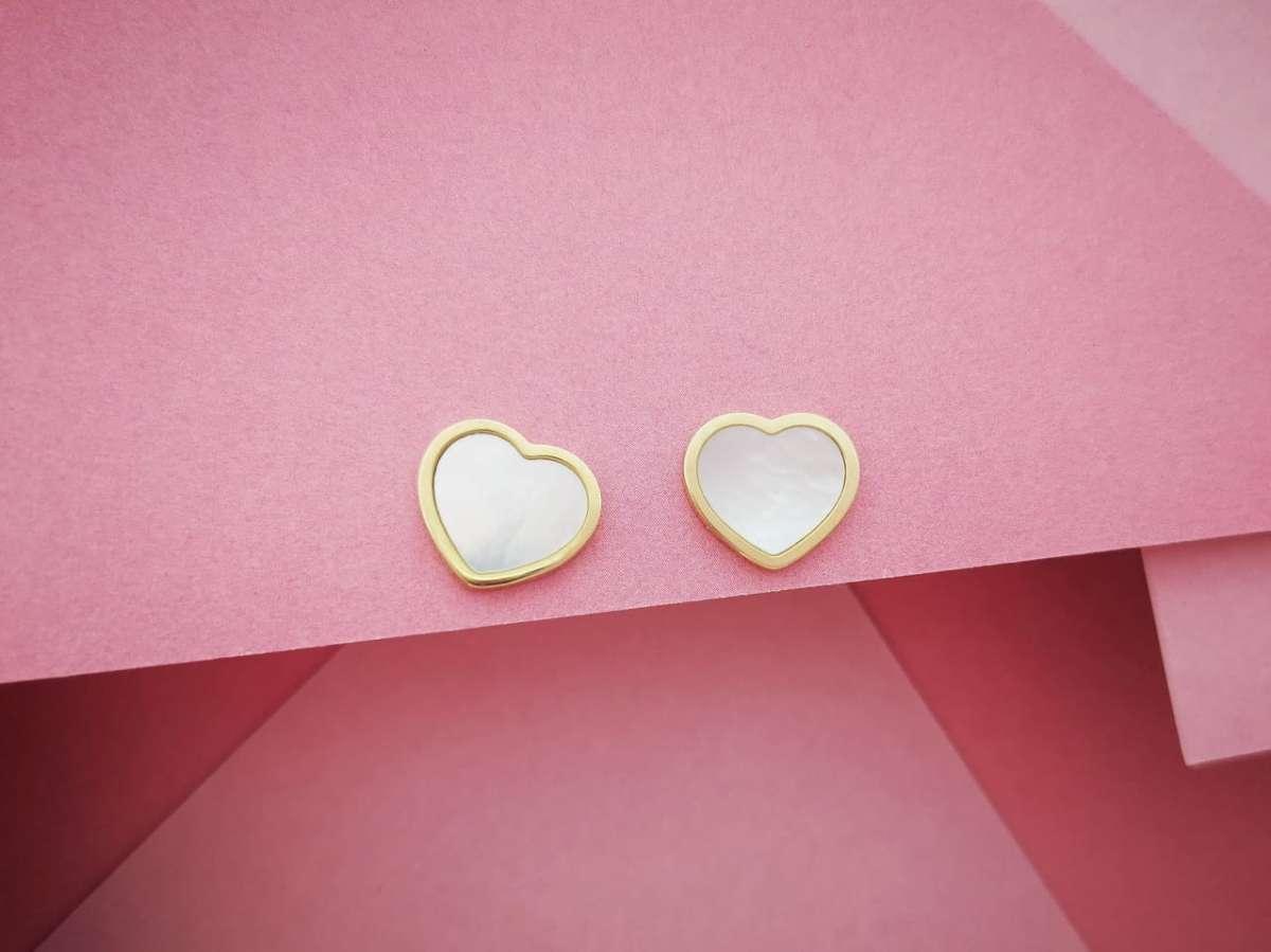 Zlatne naušnice srca